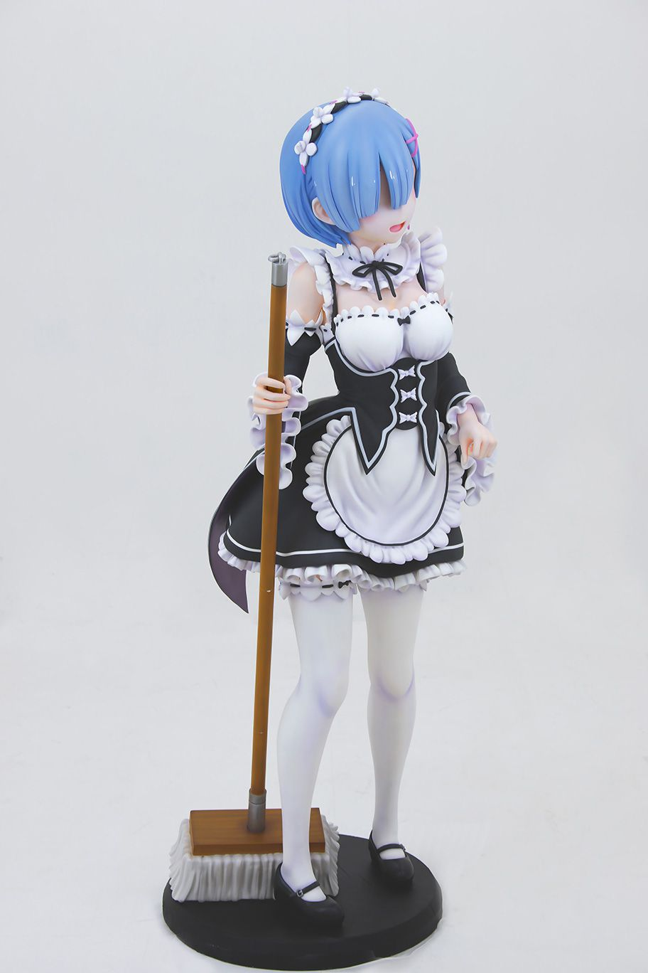Life-Sized-Rem-Statue-07