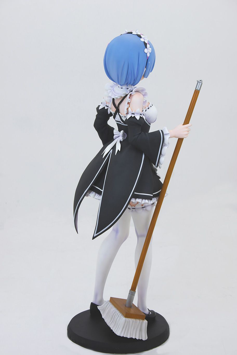 Life-Sized-Rem-Statue-06